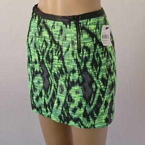 NWT ASTR Green & Black Textured Print Skirt Size S
